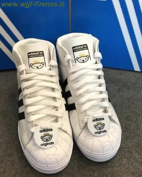 Superstar Adidas 25